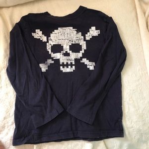Long sleeve skull T